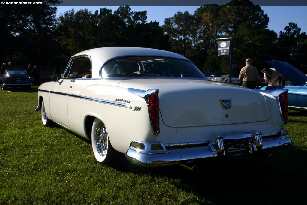 55-Chrysler C300 TV-07-HHC-02