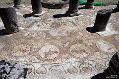 Butrint - mozaika wokół chrzcielnicy