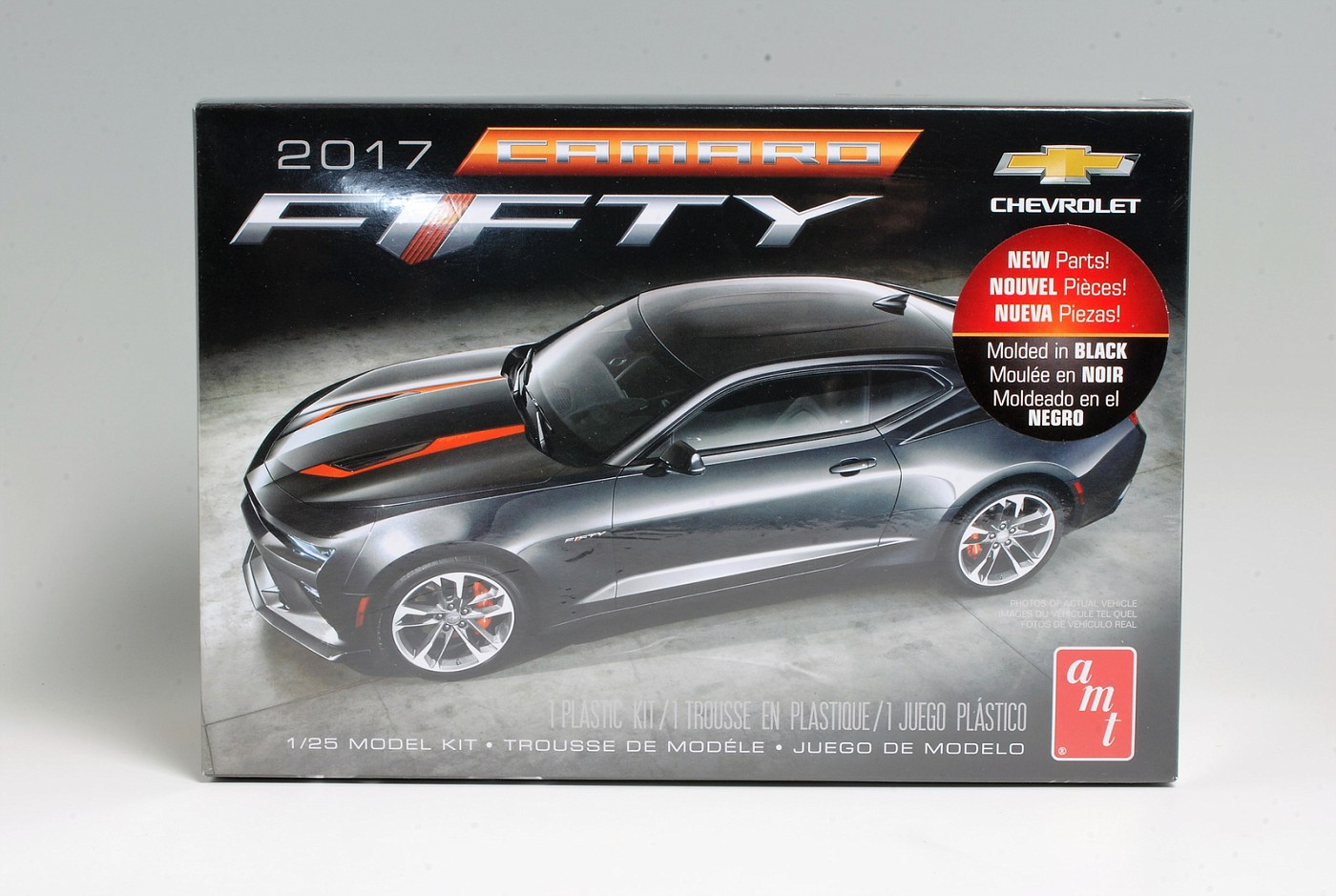 Advance Preview - Round 2\'s new AMT Camaro \