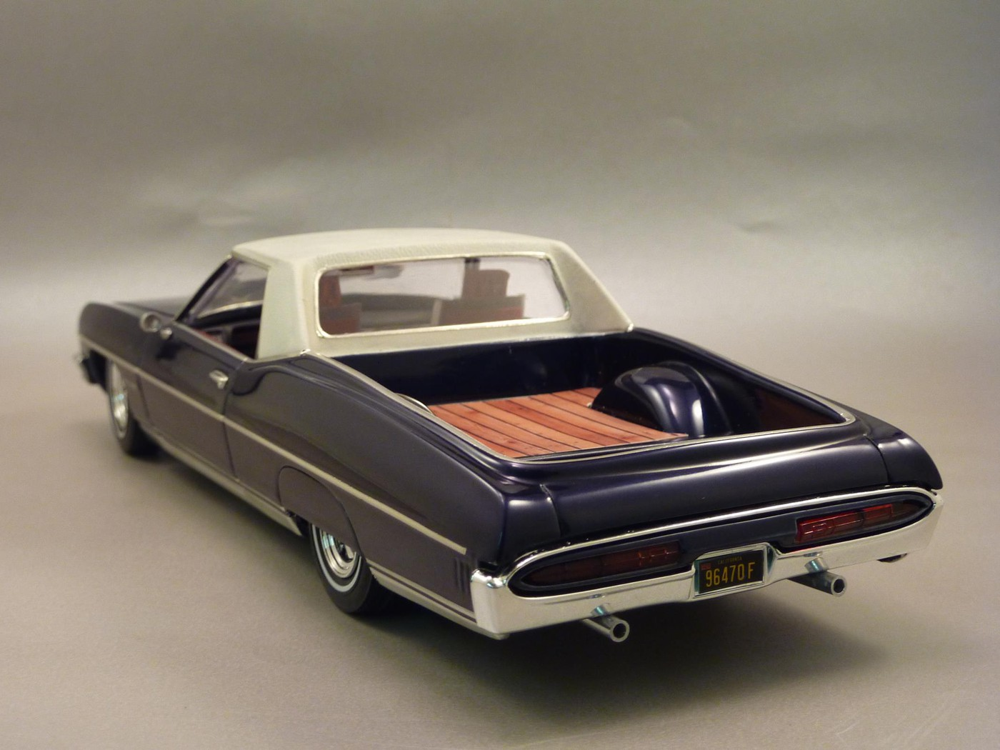 Pontiac Bonneville  70 Pick Up terminée Photo24-vi