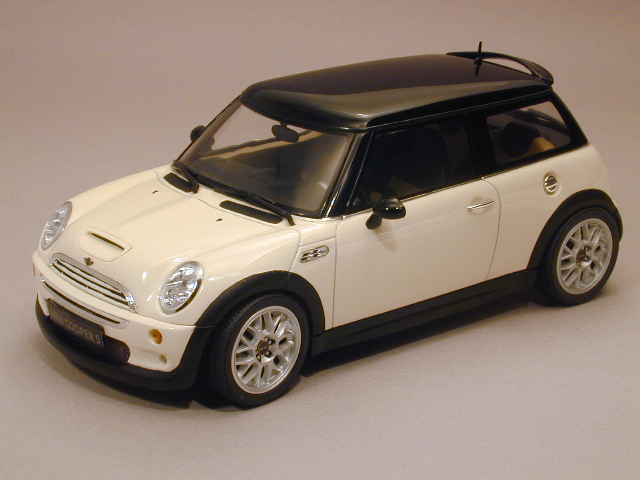finished mini cooper s scale auto magazine for. Black Bedroom Furniture Sets. Home Design Ideas