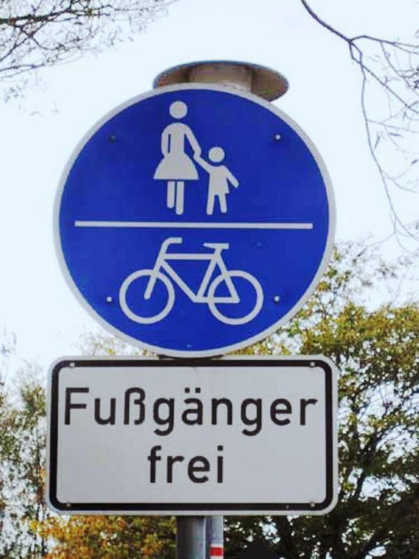 Fußgänger frei