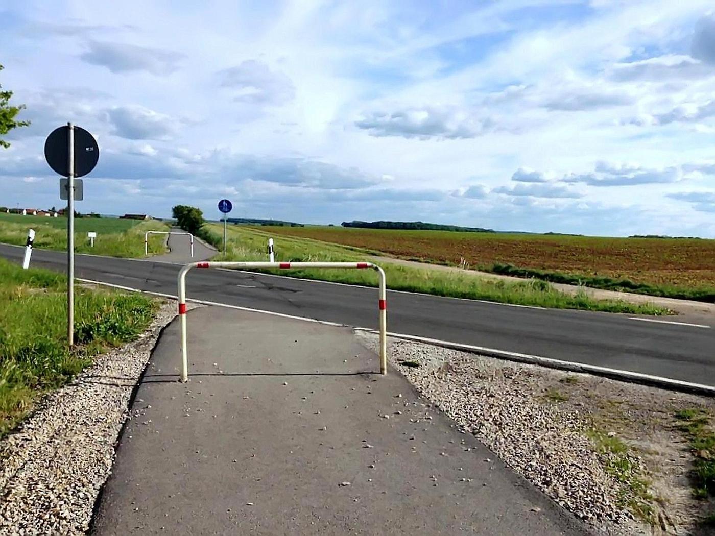 Radweg-Absperrung