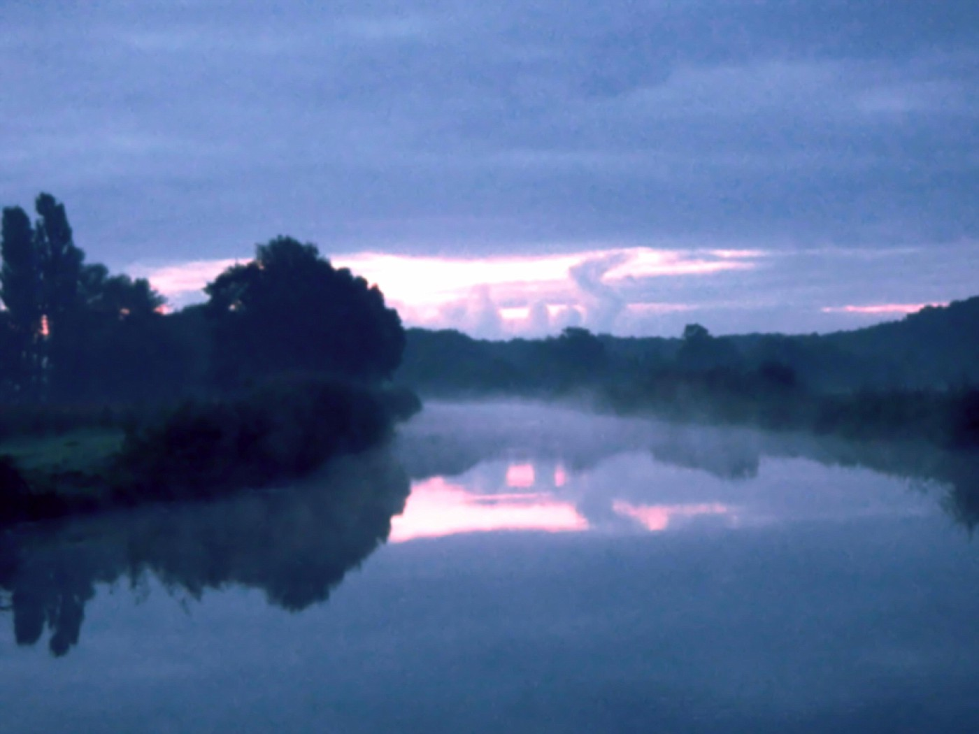 Oberijsselkanaal im Nebel