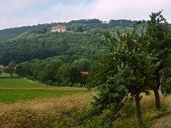Blick auf Schaumburg und Paschenburg