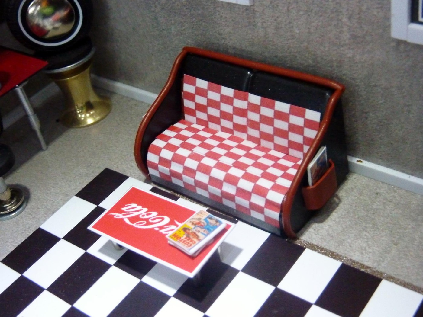 Dick's classic garage car  museum  Photo4-vi