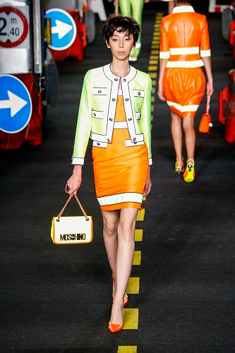 Moschino SS16 MIL 007