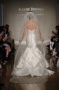 Allure Bridals F17 2653