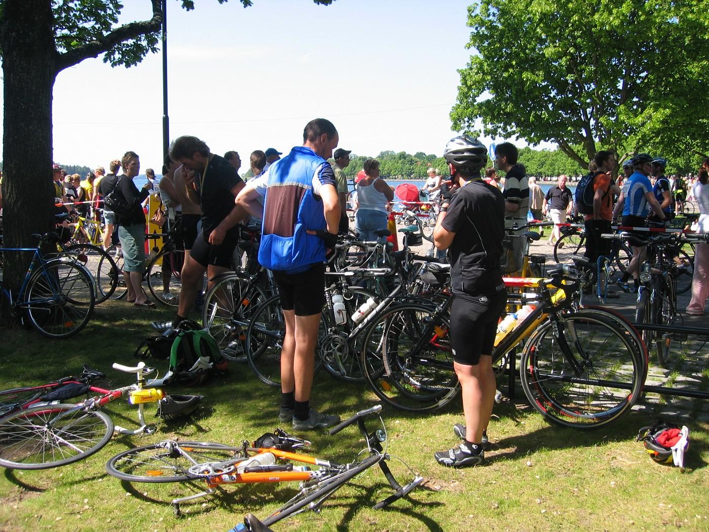 Fahrräder abstellen