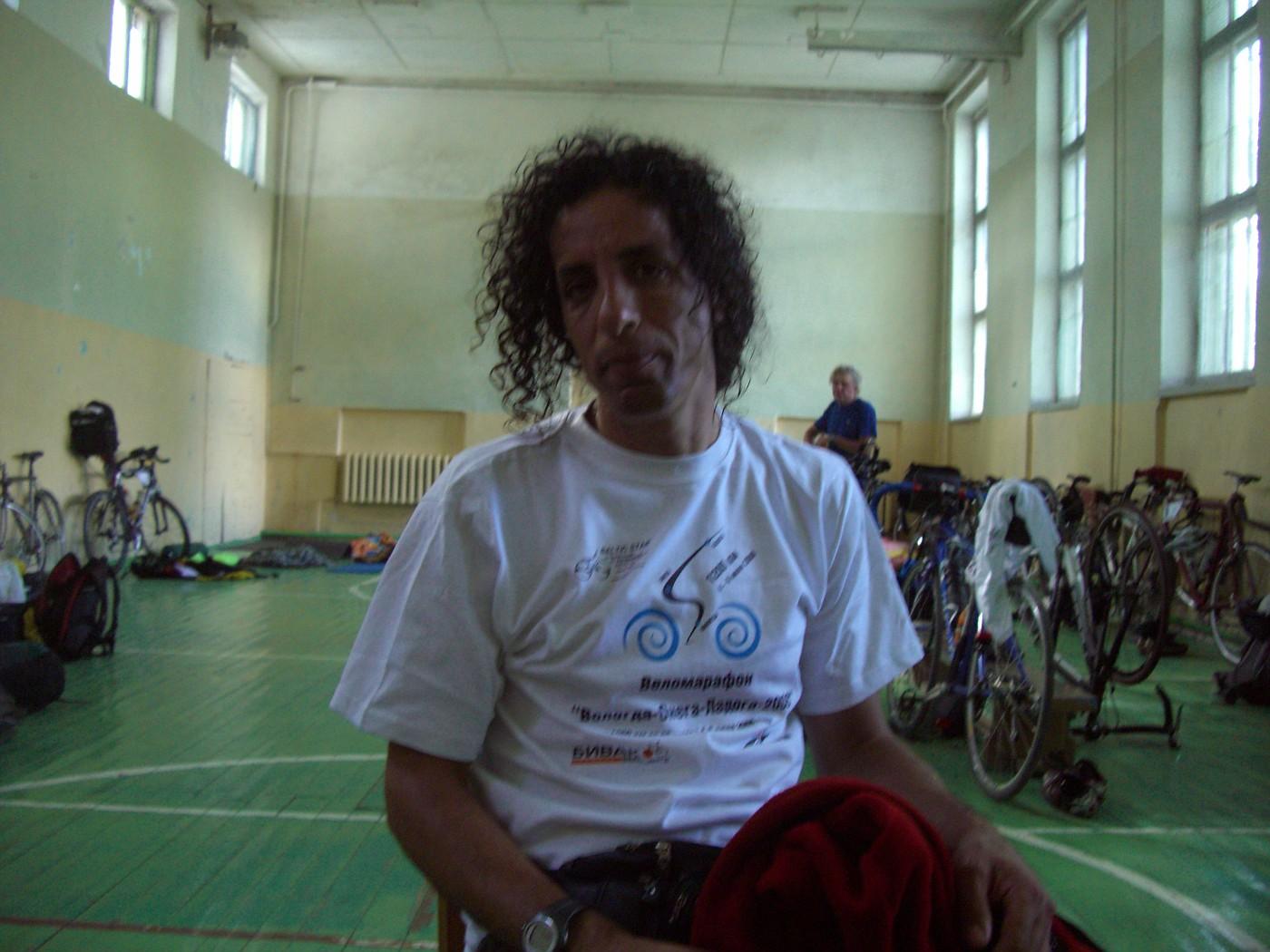 Avi in der Sporthalle Sortavala, geschafft