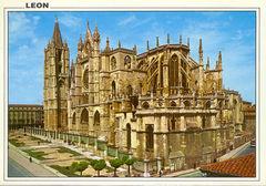 24 - LEON - Catedral
