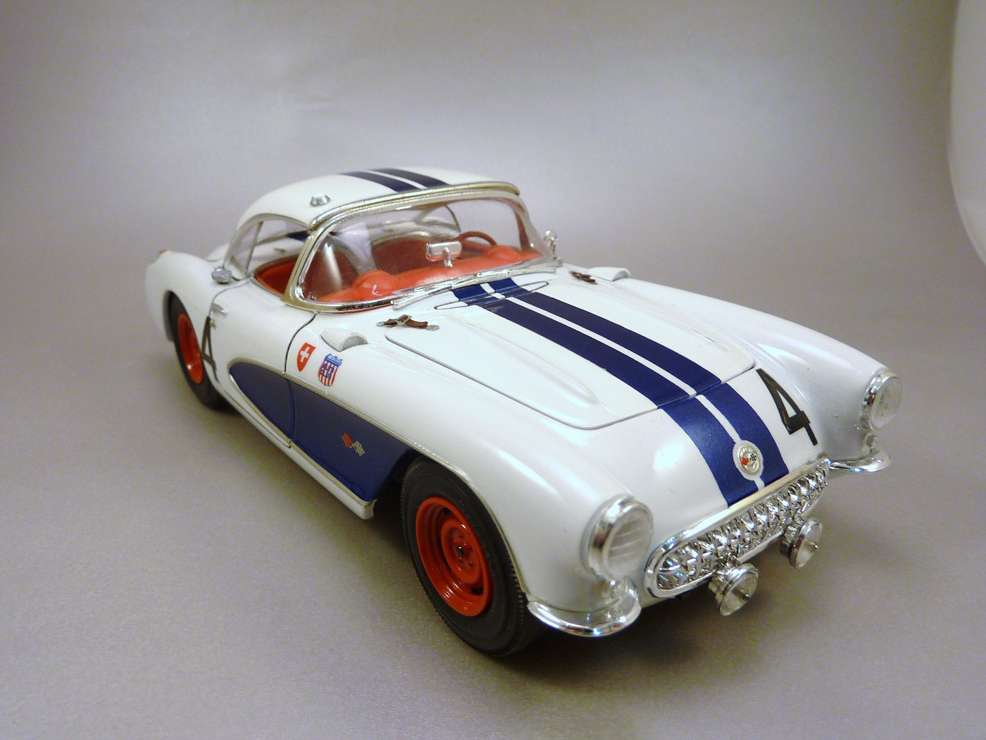 Corvette Sebring 57 terminée  RvetteSebring57DickThompson002-vi
