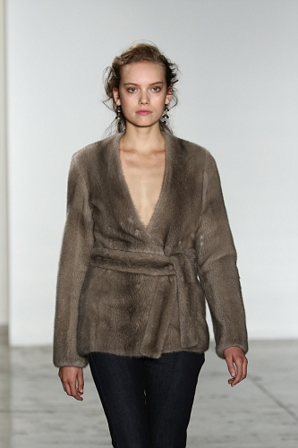 Brock Collection FW16 054