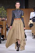 LOEWE Paris Fashion Week Ready to Wear Fall Winter 16/17
