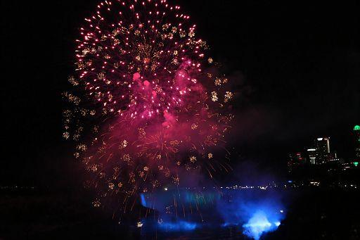 Niagara Night Fireworks 2018 June 19 (79)