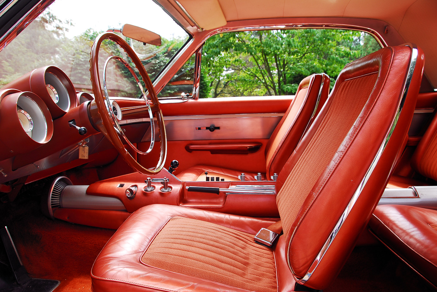 photo 19 1963 chrysler ghia turbine car front horizontal interior bucket seat detail view 2. Black Bedroom Furniture Sets. Home Design Ideas