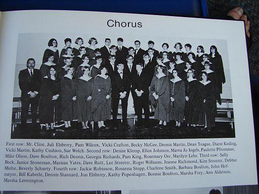 FayetteIaHighSchool1969Annual033