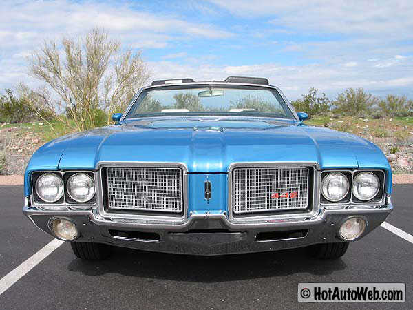 1972-Oldsmobile-Cutlass-Supreme-Convertible-Exterior-03