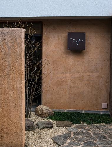 000 nara doorway