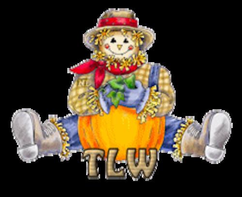 TLW - AutumnScarecrowSitting