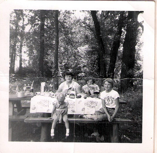 161-Mamaw Aree, Imogene, Aunt Pat and Mom